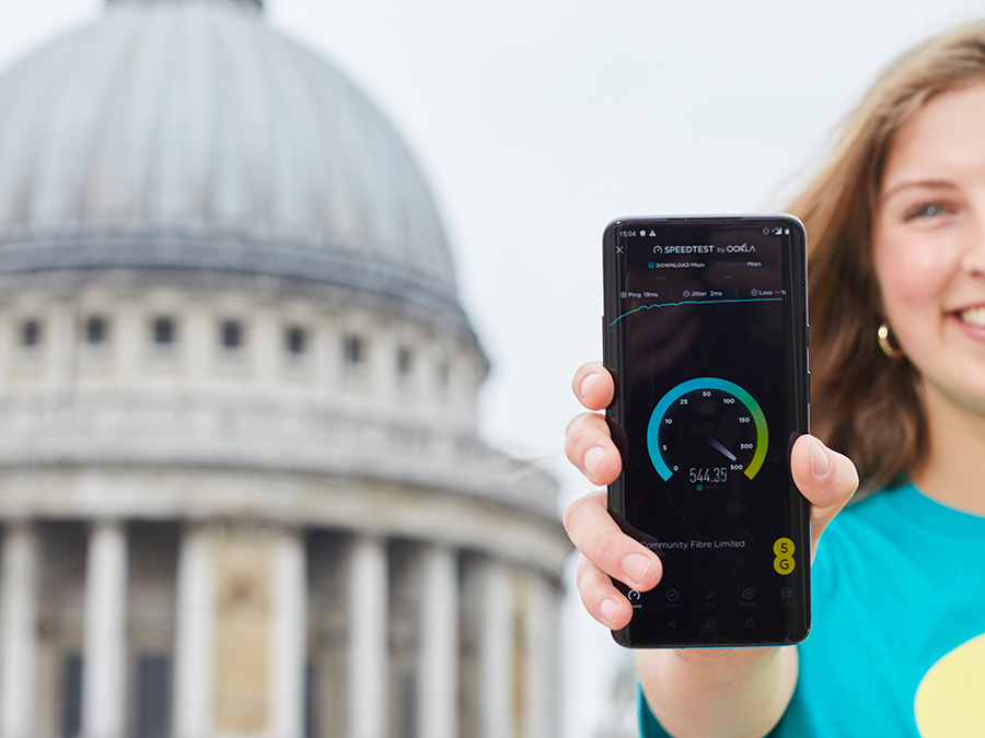 EE to launch UK's first 5G service